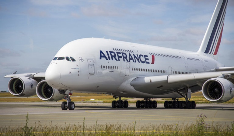 Francia no tendrá que pagar las tasas aéreas