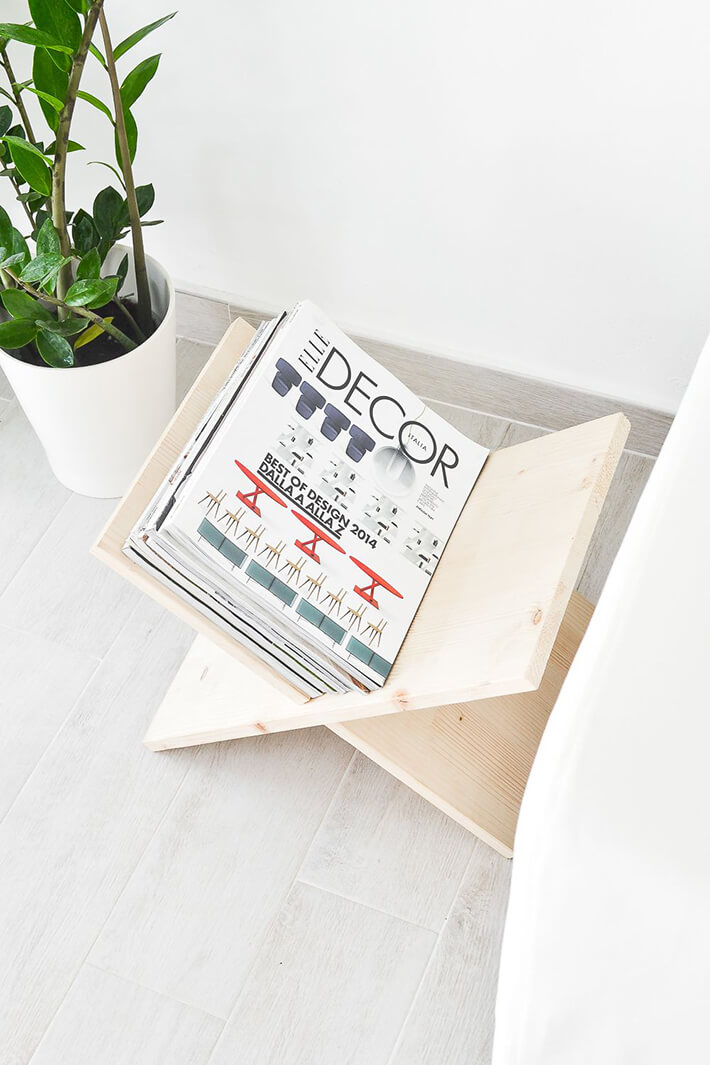DIY - Wooden Magazine Rack