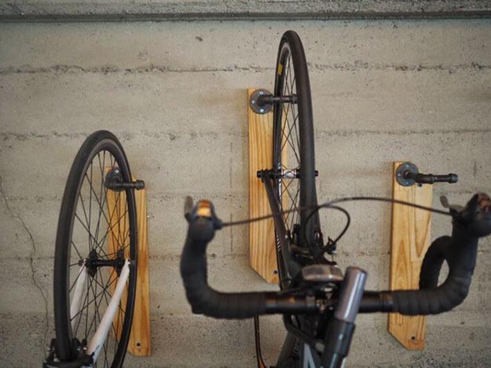 Make a DIY Reclaimed Wood Wall Bike Hanger