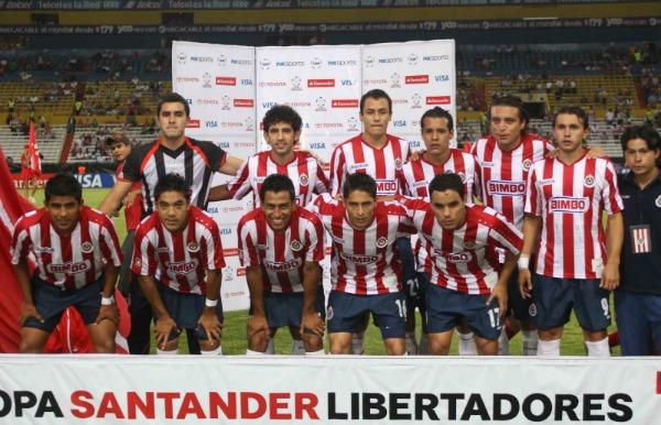 Chivas se toma la foto durante un juego de Libertadores