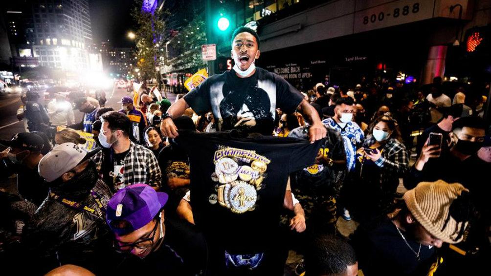 Lakers pospone celebración pública por la pandemia