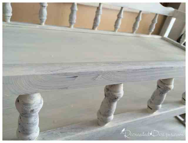 cream_Annie_Sloan_Chalk_Paint_wooden_spindles