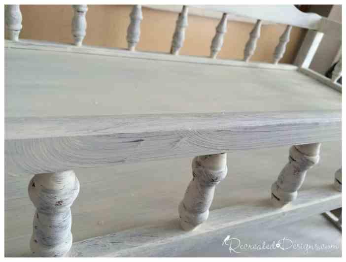 cream_Annie_Sloan_Chalk_Paint_wooden_spindles