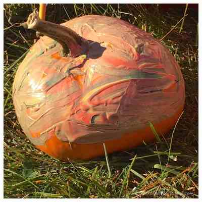 pumpkin_painting_by_three_year_old
