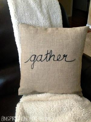 thankgiving-sentiment-inspired-pillow-tutorial-on-blanket