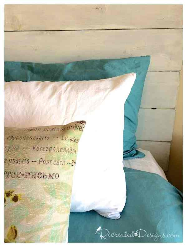 pillows-diy-headboard-wood