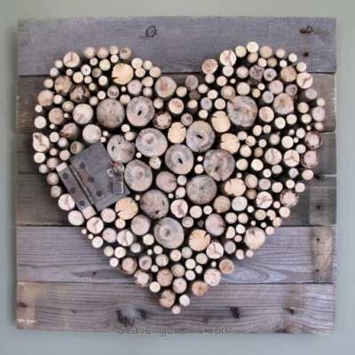 Pallet-wood-and-sticks-Valentines-Heart-diy-008
