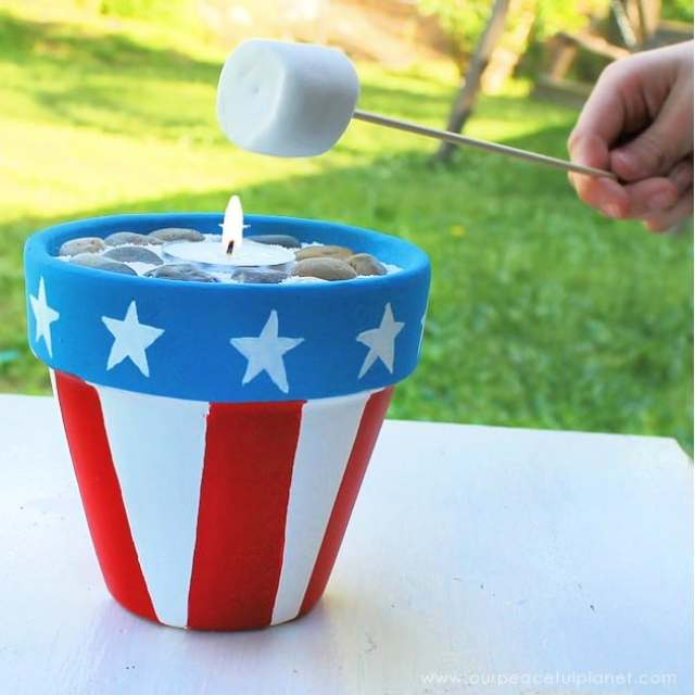 DIY-Smores-Kit-with-Mini-Campfire-SQ