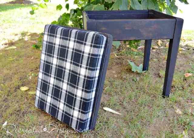flannel plaid fabric storage bench/game table