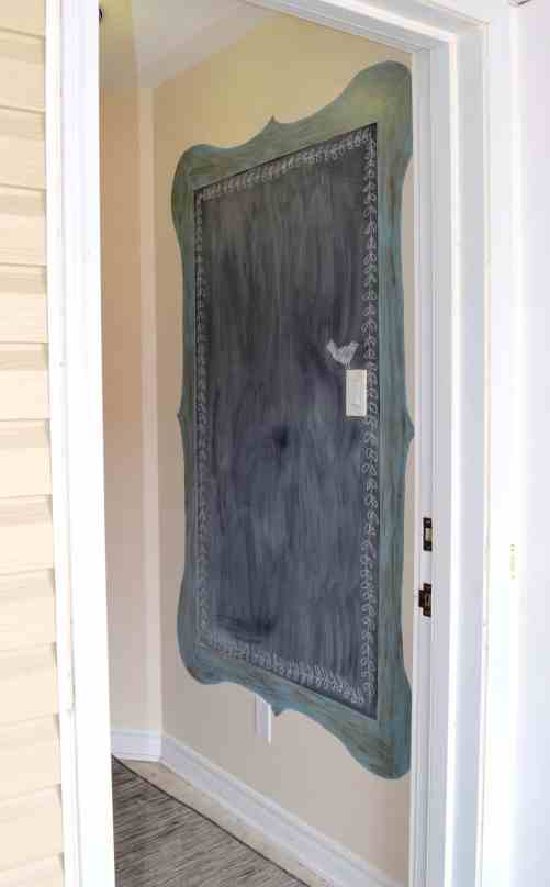 chalkboard painted in entryway