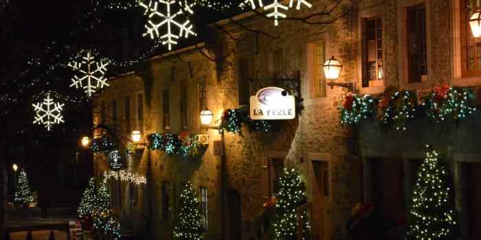 Celebrate Christmas Eve with Beautiful Cobblestone and Lights