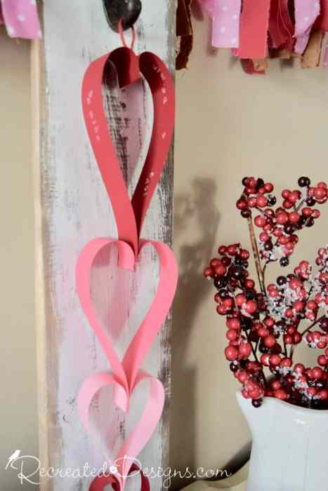 easy paper heart garland by Recreated Designs