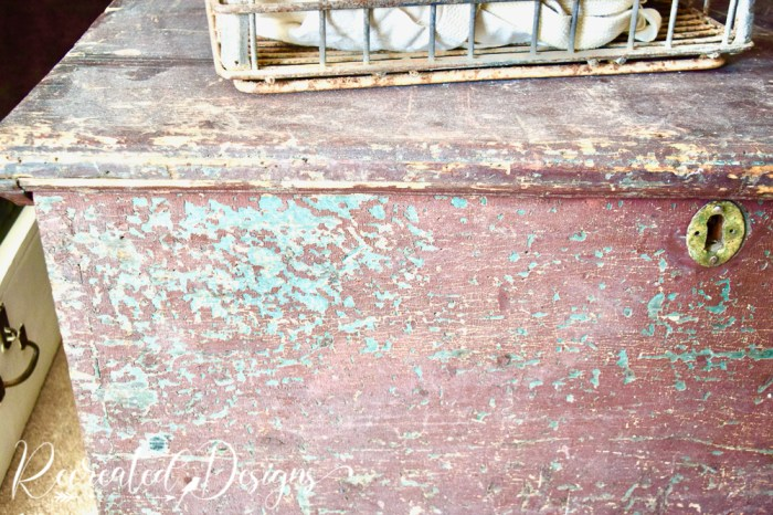 old wood trunk with chippy paint
