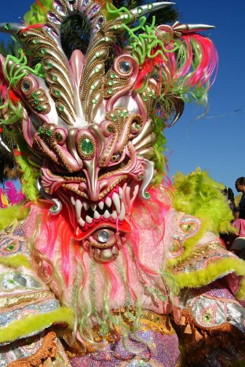 Los diablos cojuelos son principales personajes del Carnaval Dominicano