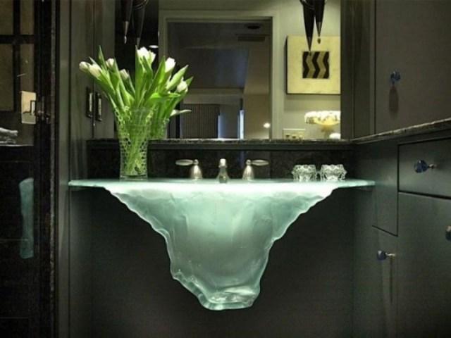 lavabo de cristal en forma de deshielo