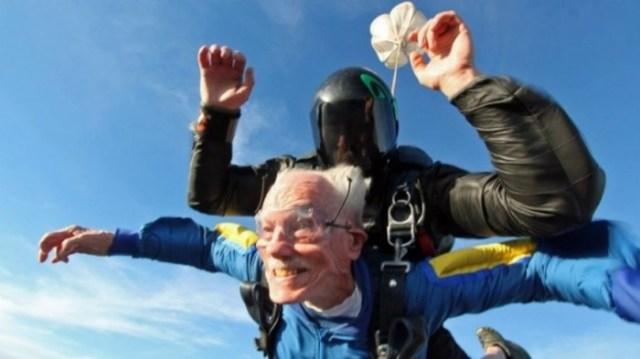 primera vez abuelo paracaidas