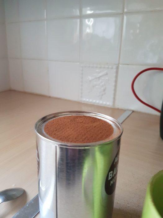 lata de café