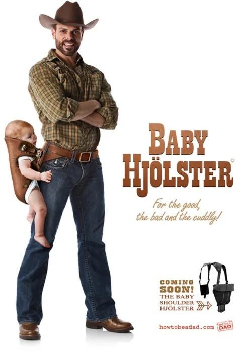 hombre con pistolera para cargar bebé