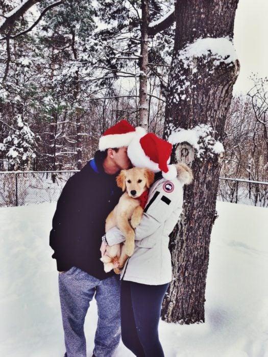 pareja goals navidad perro