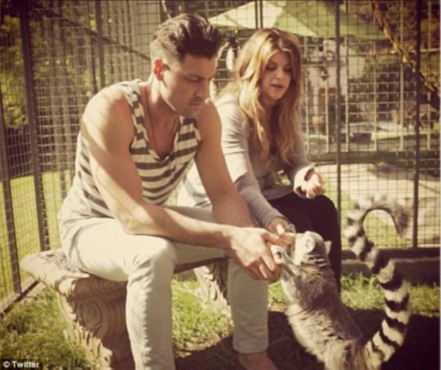Christie Alley con un lemur
