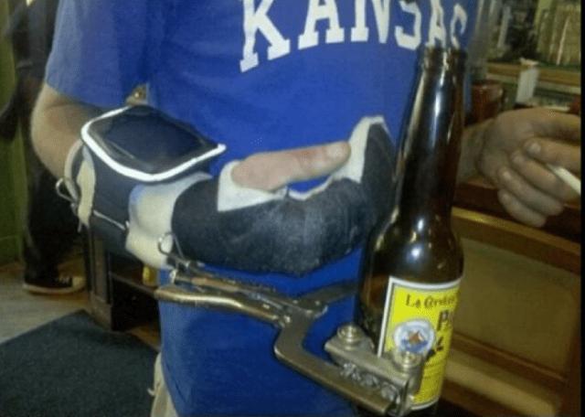 Pinzas para agarrar cerveza protesis