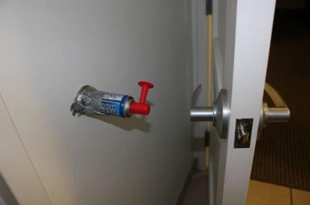 Alarma para no pegar la puerta