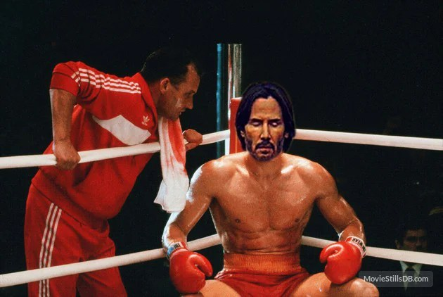 Batalla PS Keanu Reeves en el ring de box