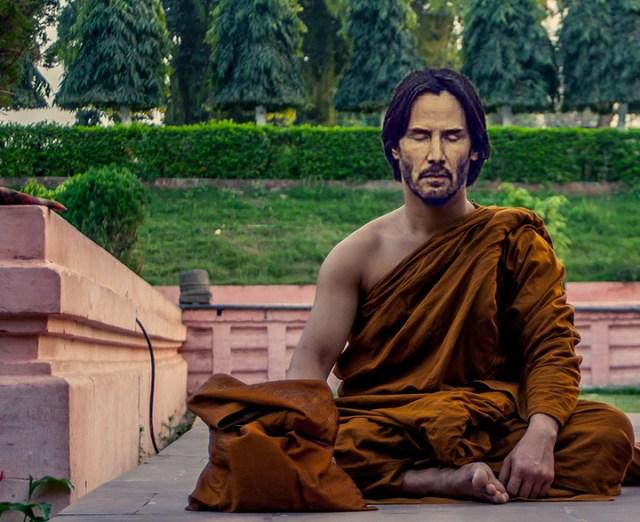 Batalla PS Keanu Reeves monje budista