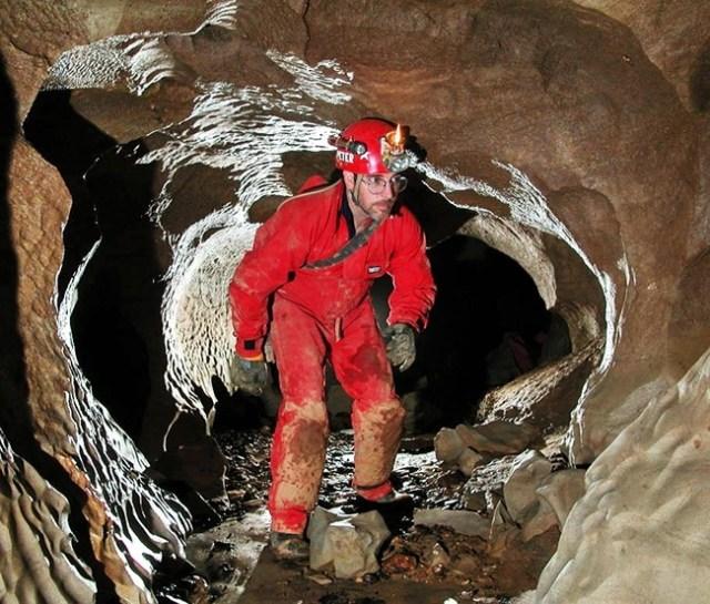 vivir de noche cueva