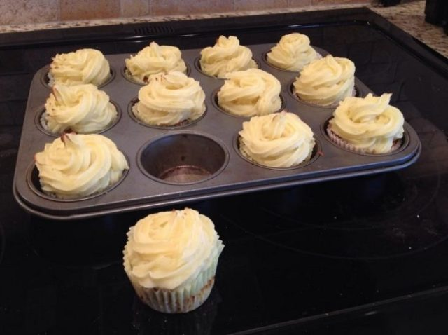 Familias troleras - cupcakes carne molida