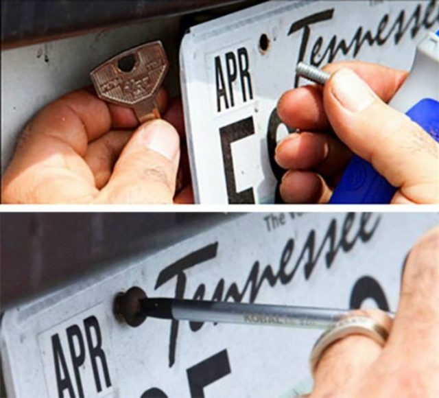 llave para abrir placa