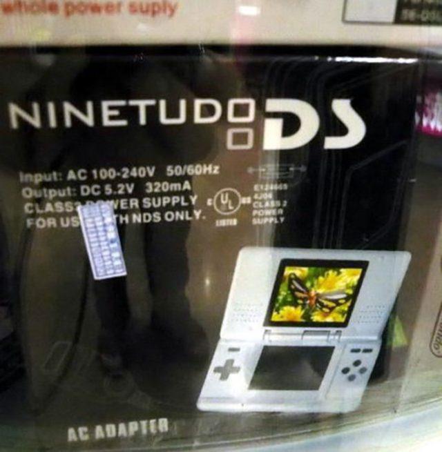 consola portátil que imita la marca Nintendo