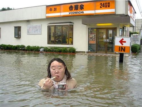 al diablo la inundación, mis tallarines