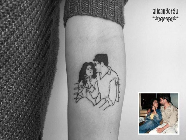 Tatuaje fotografía niñez - enamorados