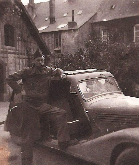 abuelo robó carro