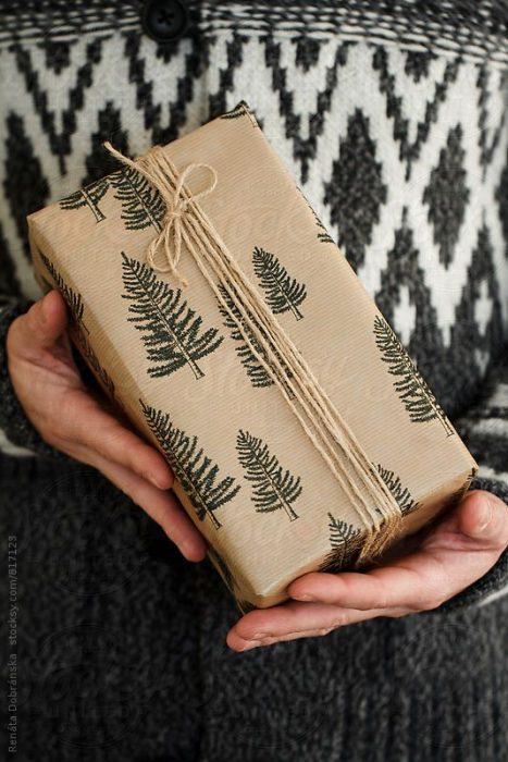 papel de envoltura de pinos
