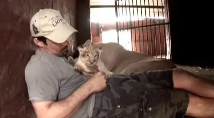 kevin y león bebé