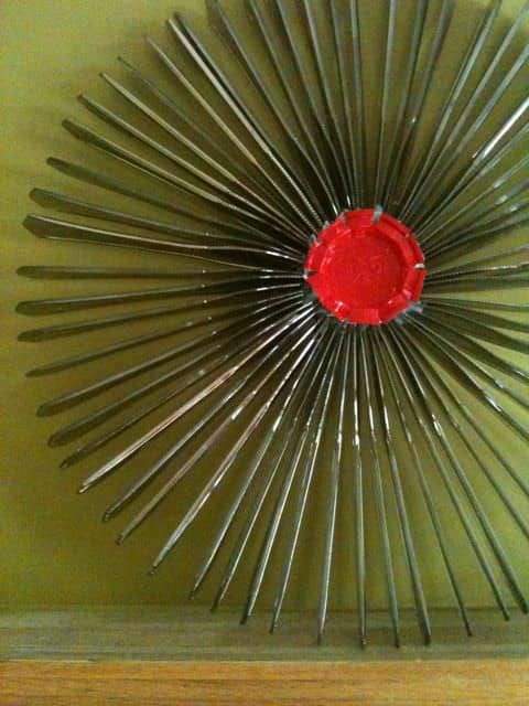 Recycled Plastic Knife Into Wreath Recyclart