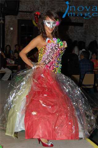 Recycled Dresses Recyclart
