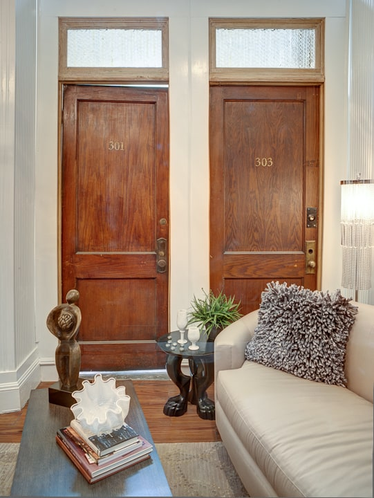Top 10 Repurposed Door Uses Into Shabby Chic Home Dcor