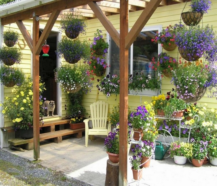 Amazing Techniques To Decorate Your Pergola Recycled Crafts
