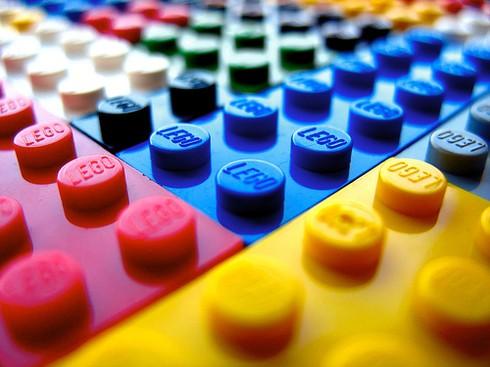 необычное использование LEGO --