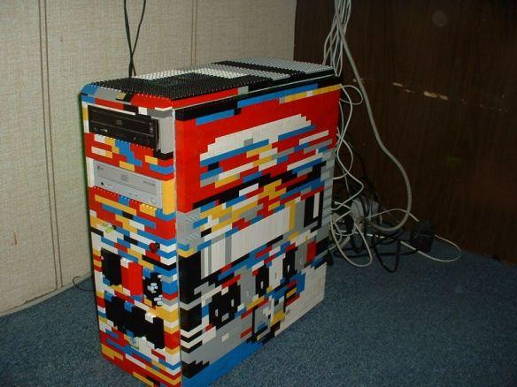 необычное использование LEGO 11