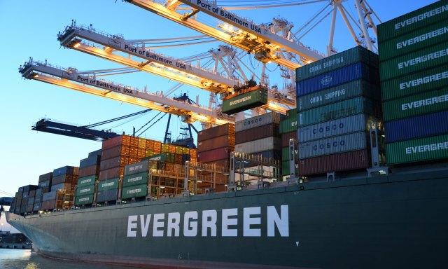 Hay muchas empresas que exploran la posibilidad de exportar.