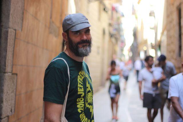 Daniel Pardo, en una calle del Borne, en septiembre. Foto: JS