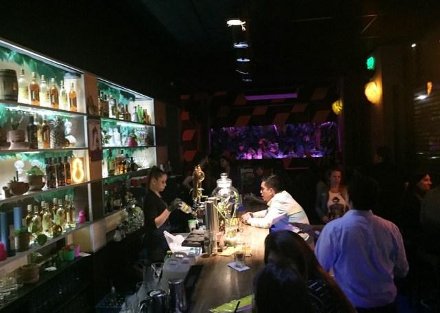 Caracas Bar, en Palermo, es el principal punto de reunión nocturna de la comunidad venezolana en Buenos Aires.