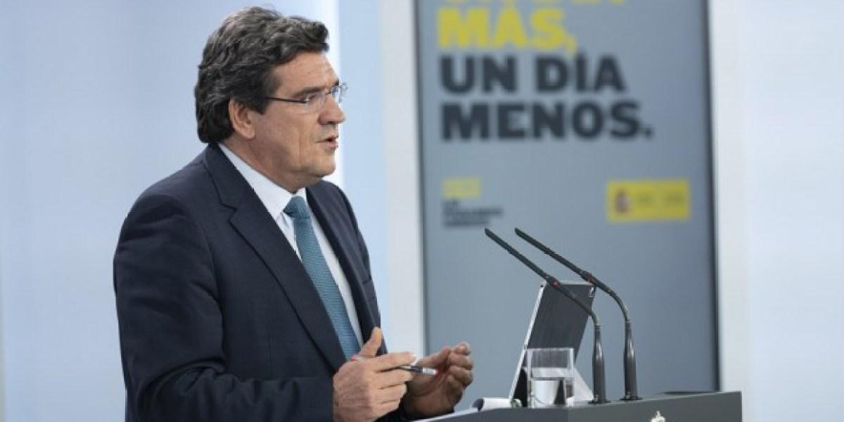 Ona de 14.000 prejubilacions mèdiques en 2021 per a eludir el 'pla Escrivá'