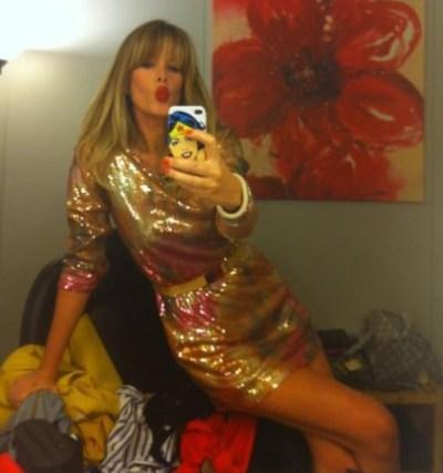 Alessia Marcuzzi in H&M nella prima puntata domenicale del GF
