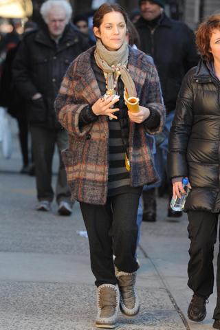 Marion Cotillard + Mou boots