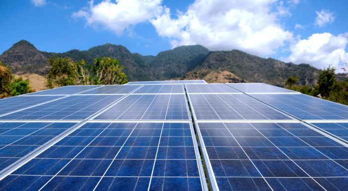 11 Advantages and 9 Disadvantages of Solar Energy